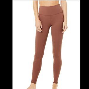 Alo Yoga High-Waist Airbrush Leggings - Chestnut